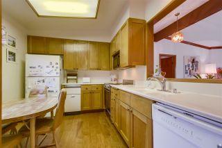 Photo 8: LA JOLLA Condo for sale : 2 bedrooms : 8860 Villa La Jolla Dr #314