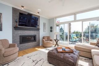 """Photo 10: 1246 OXFORD Street: White Rock House for sale in """"HILLSIDE"""" (South Surrey White Rock)  : MLS®# R2615976"""