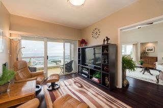"""Photo 6: 2375 FOLKESTONE Way in West Vancouver: Panorama Village Townhouse for sale in """"Westpointe"""" : MLS®# R2147678"""