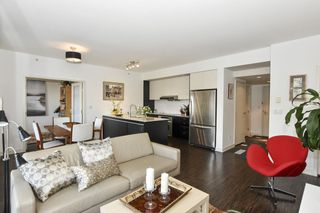 """Photo 14: 404 2851 HEATHER Street in Vancouver: Fairview VW Condo for sale in """"Tapestry"""" (Vancouver West)  : MLS®# R2512313"""