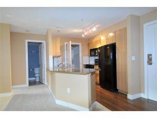 "Photo 5: 305 12020 207A Street in Maple Ridge: Northwest Maple Ridge Condo for sale in ""WESTBROOKE"" : MLS®# V1033975"
