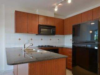 Photo 4: 411 5933 COONEY Road in Richmond: Brighouse Condo for sale : MLS®# V972562