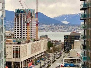 """Photo 10: 1902 821 CAMBIE Street in Vancouver: Downtown VW Condo for sale in """"RAFFLES"""" (Vancouver West)  : MLS®# R2432183"""