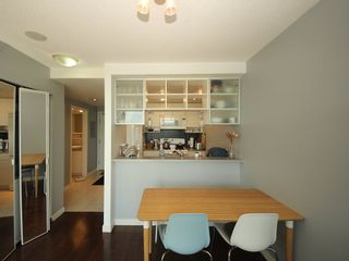 """Photo 6: 2903 928 BEATTY Street in Vancouver: Yaletown Condo for sale in """"MAX 1"""" (Vancouver West)  : MLS®# R2294406"""