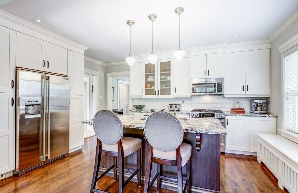Photo 8: Photos: 2095 EMERALD Crescent in Burlington: Residential for sale : MLS®# H4083069