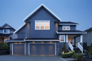 Photo 1: 21042 86 Avenue in Langley: Walnut Grove House for sale : MLS®# R2184815