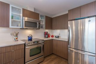 """Photo 6: 403 19936 56 Avenue in Langley: Langley City Condo for sale in """"BEARING POINTE"""" : MLS®# R2236302"""