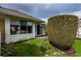 """Photo 19: 51 8737 212 Street in Langley: Walnut Grove Townhouse for sale in """"Chartwell Green"""" : MLS®# R2448561"""