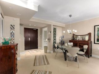 """Photo 7: 203 618 W 45TH Avenue in Vancouver: Oakridge VW Townhouse for sale in """"THE CONSERVATORY"""" (Vancouver West)  : MLS®# R2537685"""