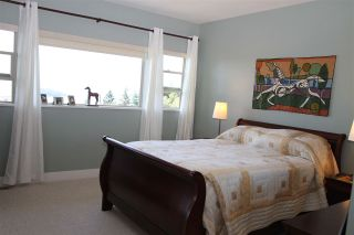 Photo 10: 6383 PICADILLY Place in Sechelt: Sechelt District House for sale (Sunshine Coast)  : MLS®# R2183341