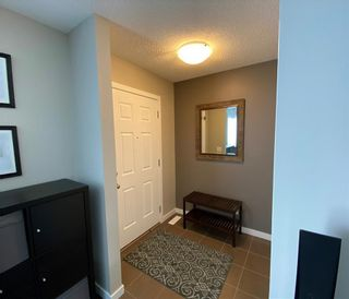 Photo 2: 21 RIVER HEIGHTS Link: Cochrane Row/Townhouse for sale : MLS®# C4286639
