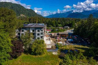 Photo 5: 1 39666 GOVERNMENT Road in Squamish: Northyards Office for sale : MLS®# C8033225