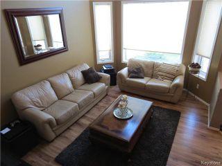 Photo 4: 272 Le Maire Street in WINNIPEG: Fort Garry / Whyte Ridge / St Norbert Residential for sale (South Winnipeg)  : MLS®# 1423797