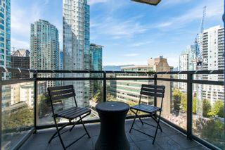 """Photo 2: 904 1211 MELVILLE Street in Vancouver: Coal Harbour Condo for sale in """"The Ritz"""" (Vancouver West)  : MLS®# R2617384"""