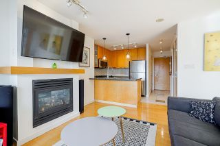 """Photo 13: 2006 989 RICHARDS Street in Vancouver: Downtown VW Condo for sale in """"The Mondrian I"""" (Vancouver West)  : MLS®# R2592338"""