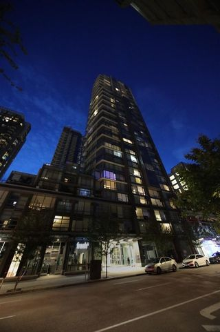 Photo 2: PH02 1283 HOWE Street in Vancouver: Downtown VW Condo for sale (Vancouver West)  : MLS®# R2551468