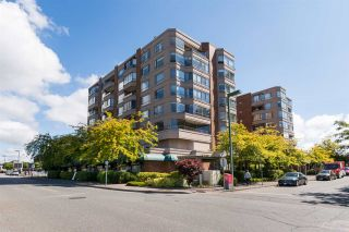"""Photo 1: 612 15111 RUSSELL Avenue: White Rock Condo for sale in """"Pacific Terrace"""" (South Surrey White Rock)  : MLS®# R2118120"""