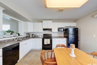 Photo 3: 28 135 Keedwell Street in Saskatoon: Willowgrove Residential for sale : MLS®# SK861368