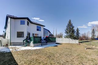 Photo 2: 247 Covington Close NE in Calgary: Coventry Hills Detached for sale : MLS®# A1097216