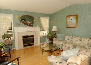 """Photo 3: 68 32377 7TH Avenue in Mission: Mission BC House for sale in """"CEDARBROOKE ESTATES"""" : MLS®# R2617542"""