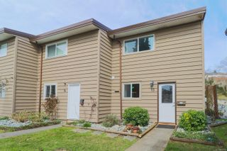 Photo 2: 15 25 Pryde Ave in : Na Central Nanaimo Row/Townhouse for sale (Nanaimo)  : MLS®# 871146