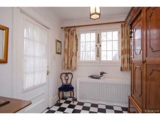 Photo 2: 97 Kingsway in WINNIPEG: River Heights / Tuxedo / Linden Woods Residential for sale (South Winnipeg)  : MLS®# 1426586
