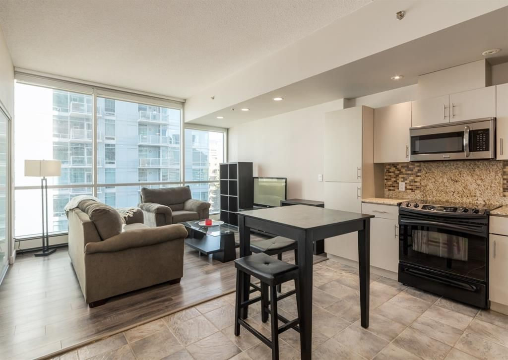 West facing exposure makes for bright living