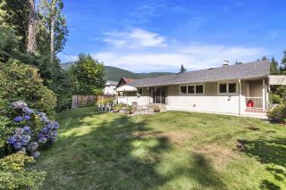 Photo 16: 4041 LIONS Avenue in North Vancouver: Forest Hills NV House for sale : MLS®# R2397426