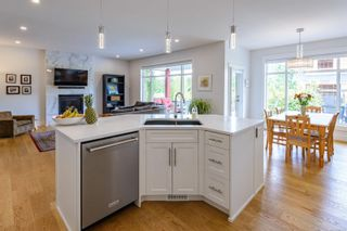 Photo 5: 4018 Southwalk Dr in : CV Courtenay City House for sale (Comox Valley)  : MLS®# 877616