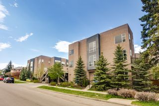 Photo 3: 2040 35 Avenue SW in Calgary: Town House for sale : MLS®# C3617134