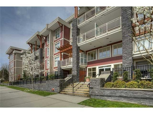 Main Photo: 202 2477 KELLY Avenue in Port Coquitlam: Central Pt Coquitlam Condo for sale : MLS®# V942318