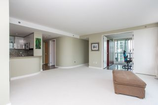 """Photo 4: 1703 889 HOMER Street in Vancouver: Downtown VW Condo for sale in """"889 HOMER"""" (Vancouver West)  : MLS®# R2484850"""