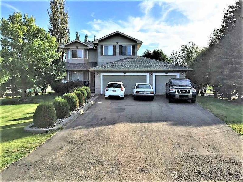 FEATURED LISTING: 14 - 26106 TWP RD 532A Rural Parkland County