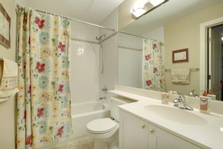 Photo 32: 4 Simcoe Close SW in Calgary: Signal Hill Detached for sale : MLS®# A1038426