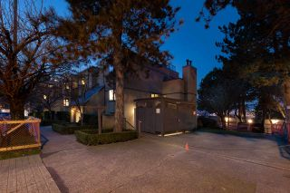 """Photo 23: 1355 W 8TH Avenue in Vancouver: Fairview VW Townhouse for sale in """"FAIRVIEW VILLAGE"""" (Vancouver West)  : MLS®# R2540948"""