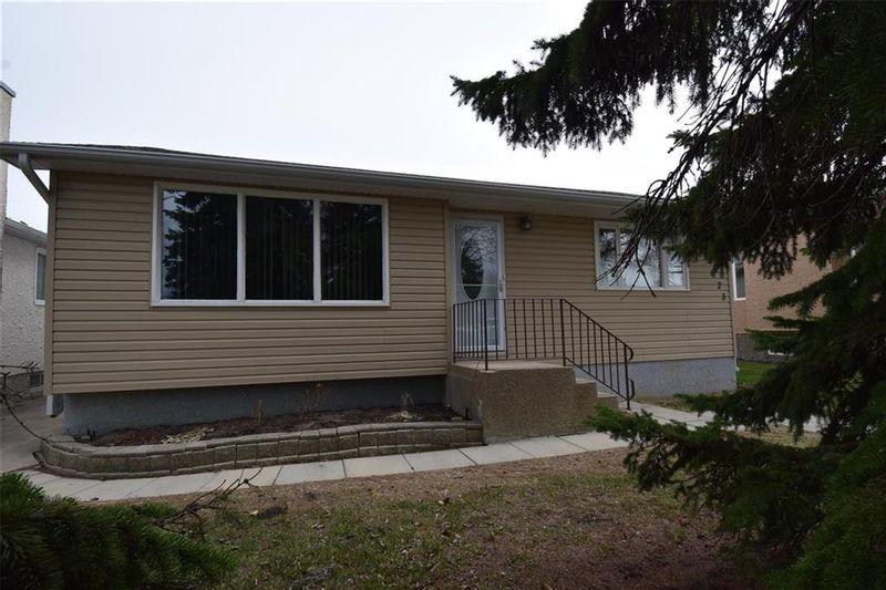 FEATURED LISTING: 323 Woodbine Avenue Winnipeg