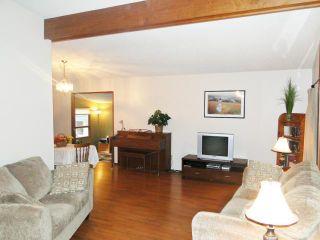 Photo 3: 10 Livingston Place in WINNIPEG: Fort Garry / Whyte Ridge / St Norbert Residential for sale (South Winnipeg)  : MLS®# 1219563