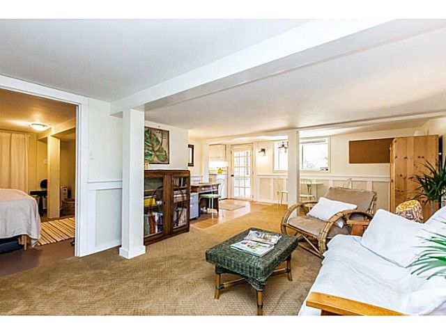 """Photo 18: Photos: 402 SIXTH Avenue in New Westminster: Queens Park House for sale in """"QUEEN'S PARK"""" : MLS®# V1083749"""