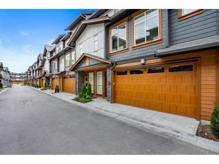 Photo 2: 38 17033 FRASER HIGHWAY in Surrey: Fleetwood Tynehead Townhouse for sale : MLS®# R2589874