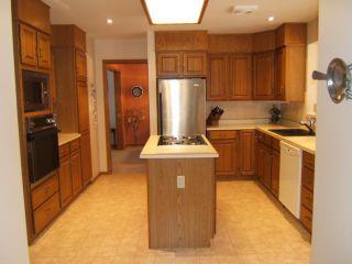 Photo 3: 27 GLENFINNAN Place in ESTPAUL: Birdshill Area Residential for sale (North East Winnipeg)  : MLS®# 1021306