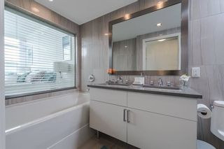 """Photo 15: 1105 199 VICTORY SHIP Way in North Vancouver: Lower Lonsdale Condo for sale in """"TROPHY AT THE PIER"""" : MLS®# R2325981"""