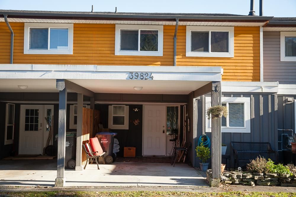 "Main Photo: 39824 NO NAME Road in Squamish: Northyards Townhouse for sale in ""MAMQUAM RIVER MEWS"" : MLS®# R2012003"