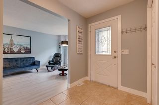 Photo 2: 151 Millrise Drive SW in Calgary: Millrise Detached for sale : MLS®# A1037985
