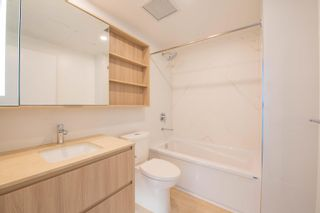 Photo 21: 908 15165 THRIFT Avenue in Surrey: White Rock Condo for sale (South Surrey White Rock)  : MLS®# R2612280