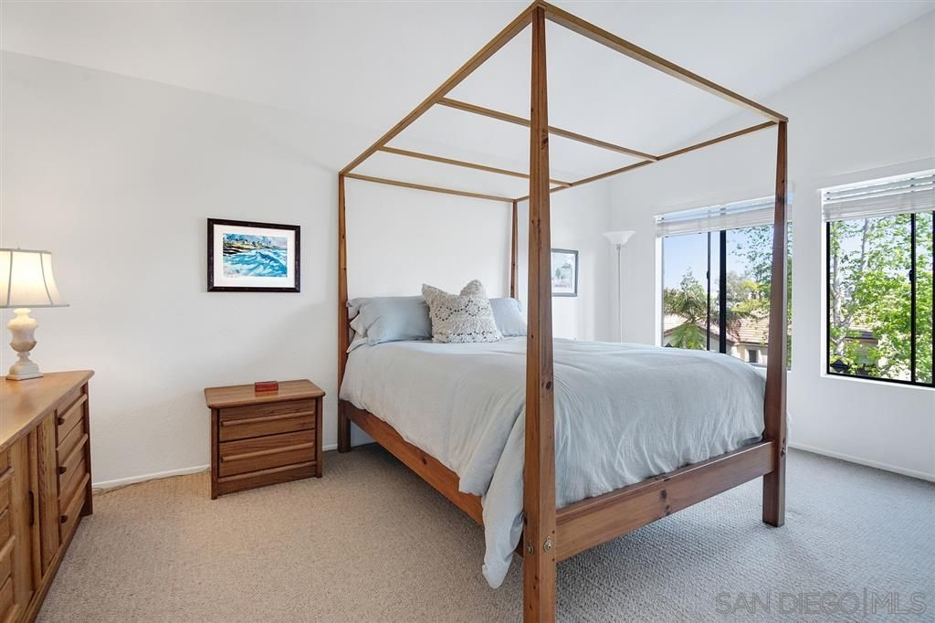 Photo 17: Photos: CARMEL VALLEY Townhouse for rent : 3 bedrooms : 3631 Fallon Circle in San Diego