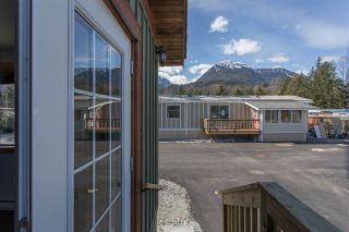 "Photo 9: 113 40157 GOVERNMENT Road in Squamish: Garibaldi Estates Manufactured Home for sale in ""SPIRAL TRAILER PARK"" : MLS®# R2381430"