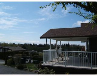"""Photo 9: 5515 MEADEDALE Drive in Burnaby: Parkcrest House for sale in """"PARKCREST"""" (Burnaby North)  : MLS®# V763869"""