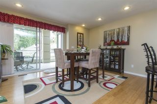 """Photo 8: 33 4001 OLD CLAYBURN Road in Abbotsford: Abbotsford East Townhouse for sale in """"Cedar Springs"""" : MLS®# R2166092"""