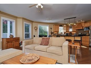 """Photo 10: 1424 BISHOP Road: White Rock House for sale in """"WHITE ROCK"""" (South Surrey White Rock)  : MLS®# R2540796"""