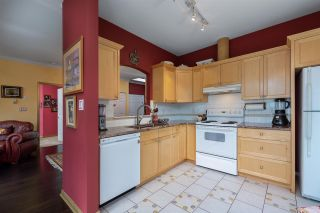 "Photo 7: 422 3098 GUILDFORD Way in Coquitlam: North Coquitlam Condo for sale in ""Marlborough House"" : MLS®# R2490203"
